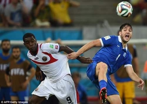 Опыт: Manolas играл для Греции на чемпионате мира, когда он столкнулся с Арсенала Джоэл Кэмпбелл